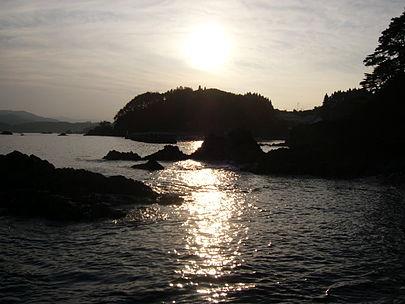 405px-Goishi-kaigan1[1]